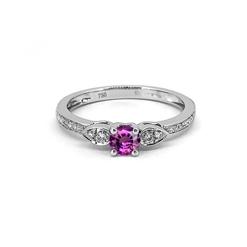 18ct White Gold Diamond & Sapphire Ring £864.00