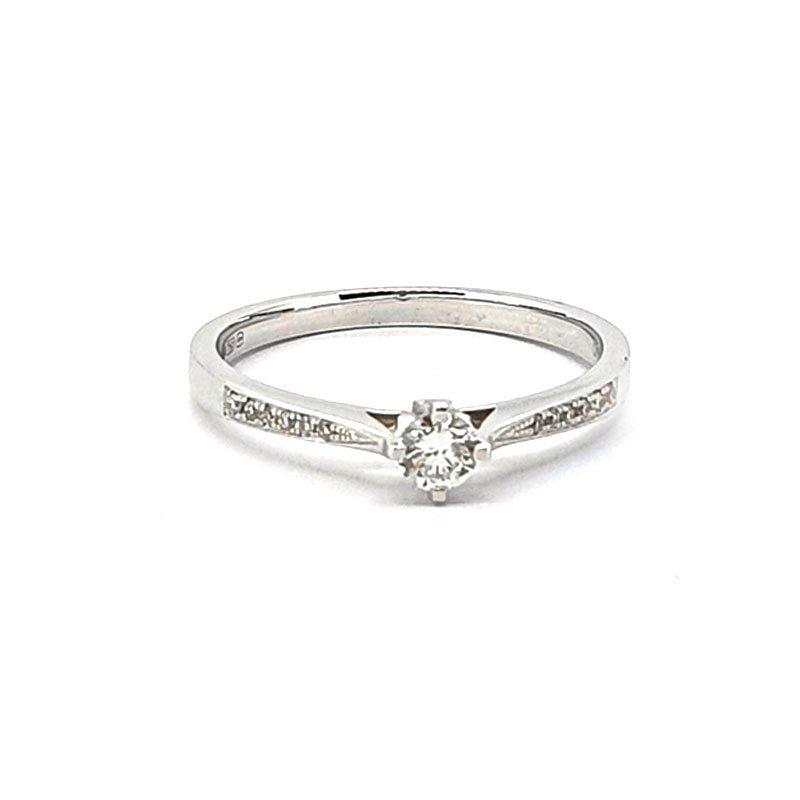 18ct White Gold 0.20ct Diamond Ring £795.00