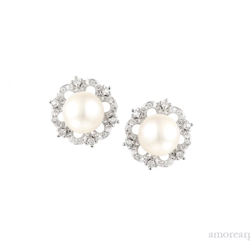 Vintage Pearl Earrings £94.50