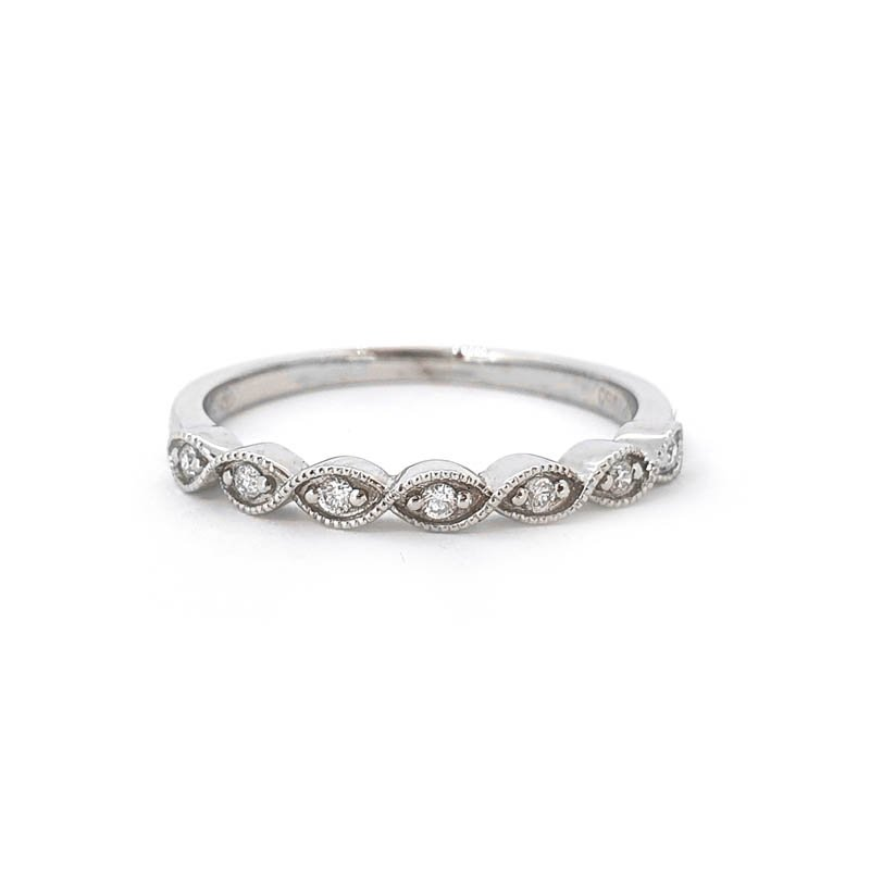 0.06ct Decorative Eyelet Ring £900.00