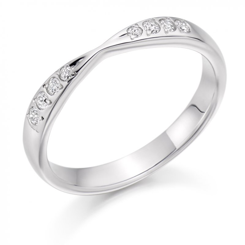 0.15ct Grain Set Shaped Diamond Band