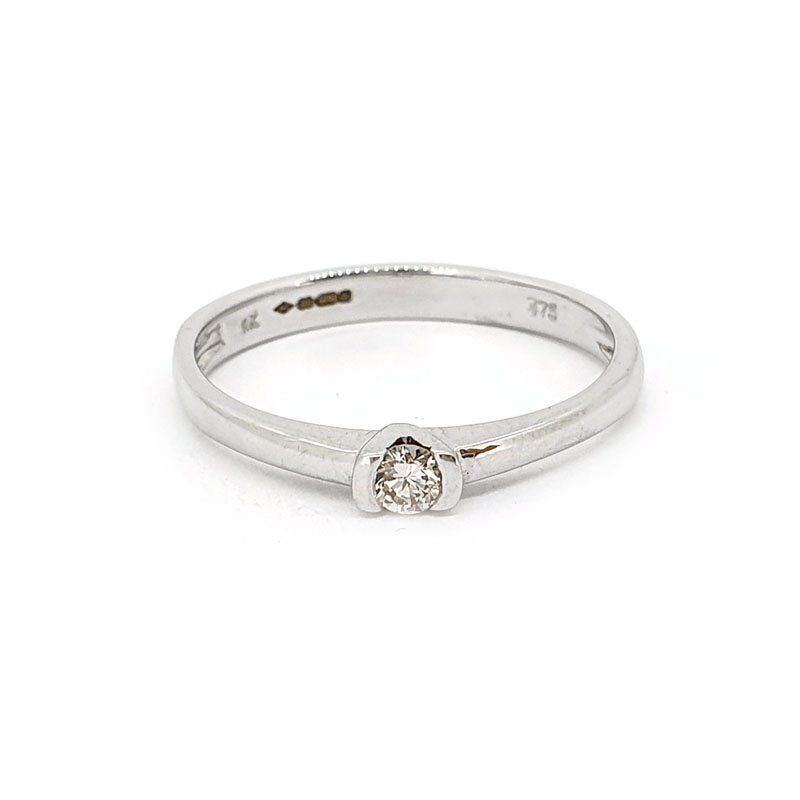 9ct White Gold 0.08ct Round Diamond Ring £465.00
