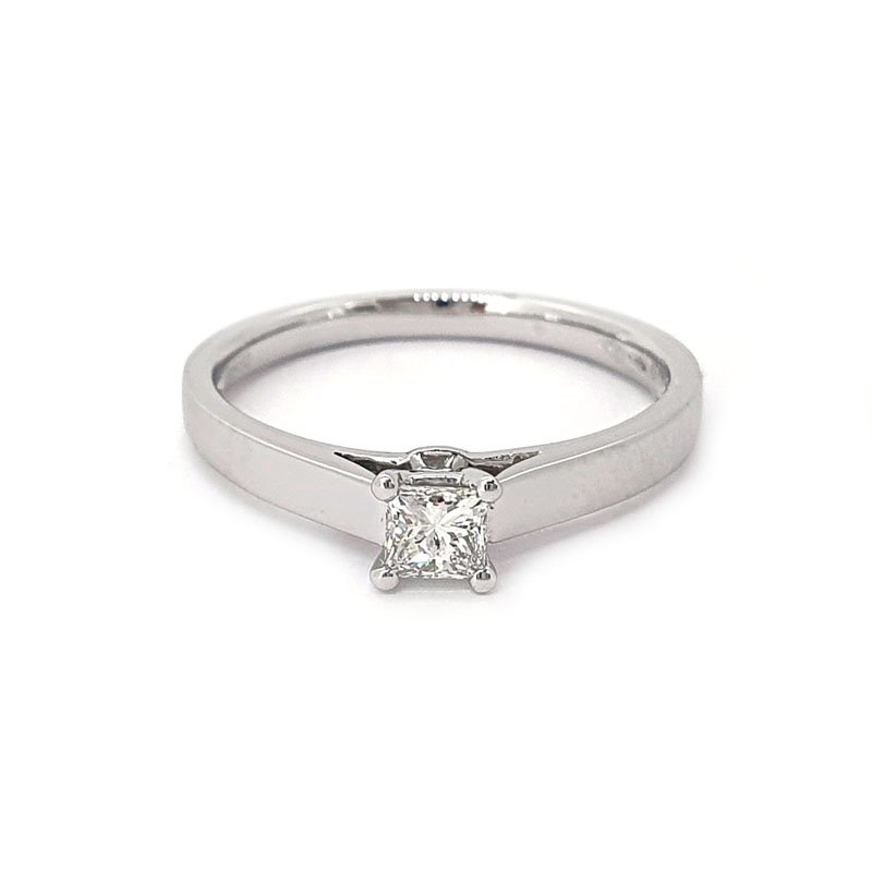 0.25ct Platinium Princess Diamond Ring £1143.00.00