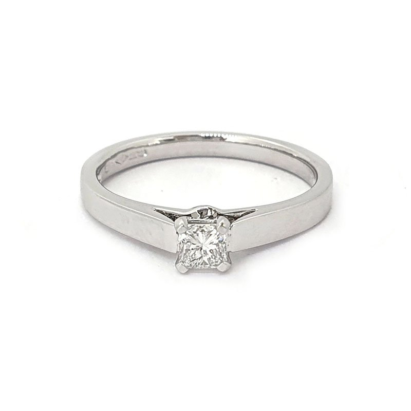 0.23ct Platinium Princess Diamond Ring £1122.00