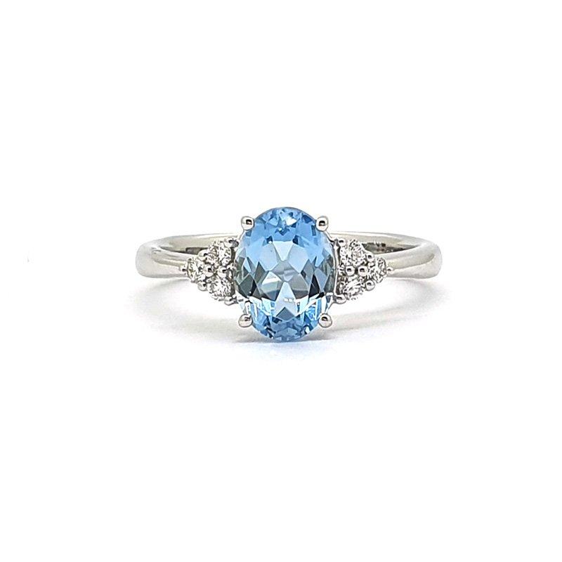 18ct White Gold Diamond & Topaz Ring £900.00