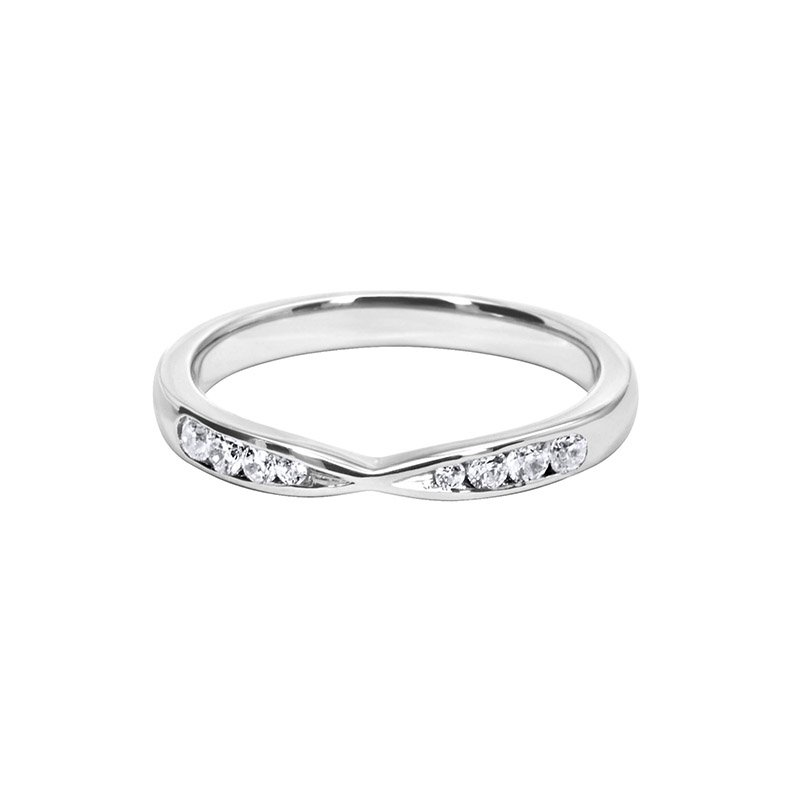 0.13ct Diamond Set Shaped Wedding Ring 2