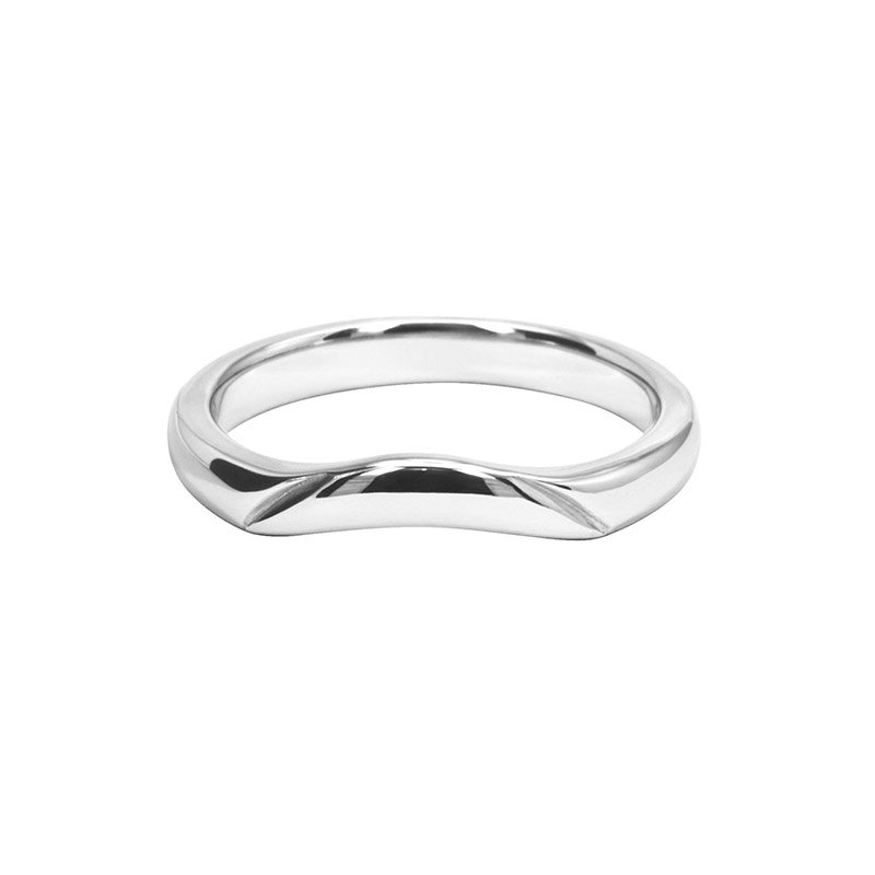 Shaped Wedding Ring With Polished Decorative Cut Groove