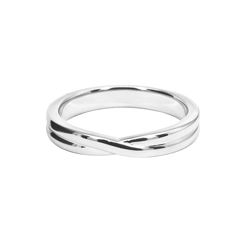 Shaped Wedding Band With Cross Over Centre