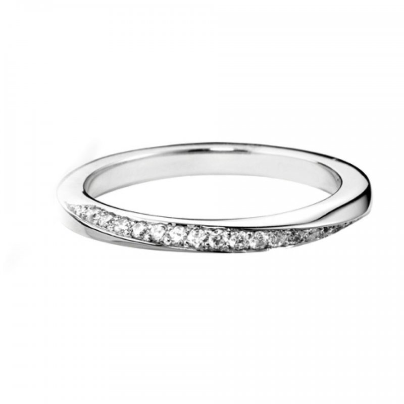 Decorative Twist Diamond Set Band
