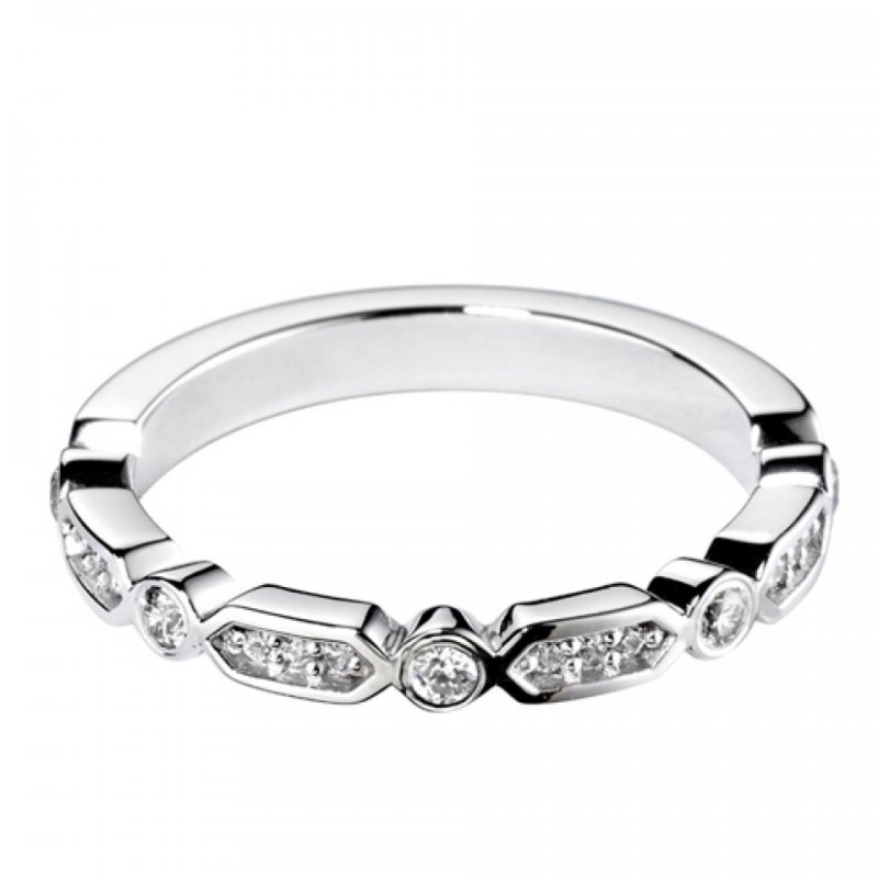 0.18ct Decorative Diamond Set Band