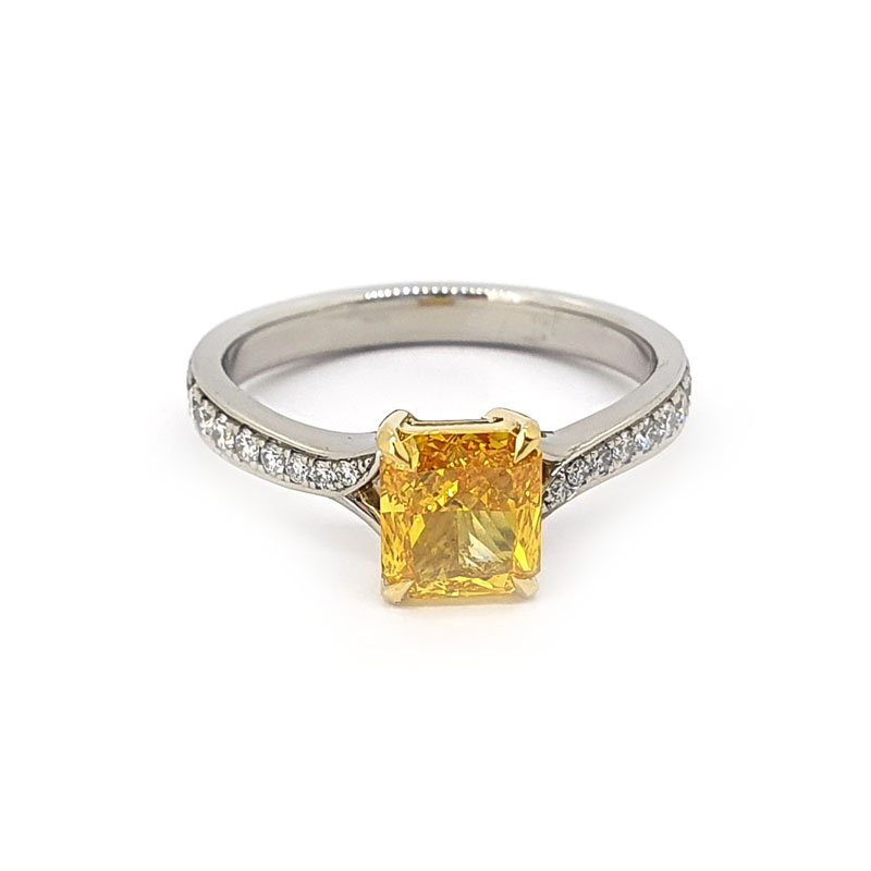1.09ct Radiant Lab Grown Diamond Ring £4500.00
